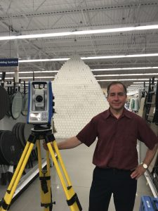 world's tallest pyramid of toilet paper